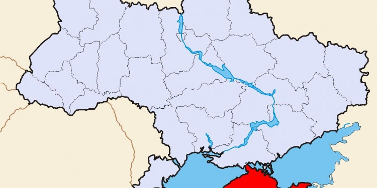 Map of Ukraine showing Crimea in red © Sven Teschke | Wikimedia Commons