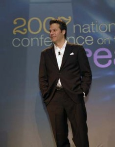 Richard Florida presenting his key note address at the National Conference on the Creative Economy © Unknown | Wikimedia Commons