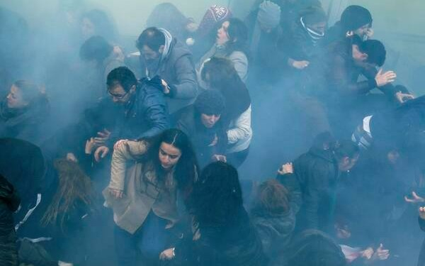 Tear gas attack against mourners of Berkin Elvan © Unknown | Revolution News