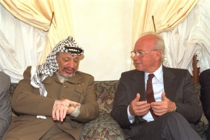 Yasser Arafat and Yitzhak Rabin, 1994 © Government Press Office | Wikimedia Commons