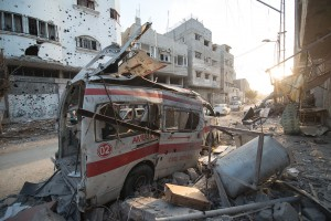 Destroyed ambulance in the CIty of Shijaiyah, August 6, 2014 © Boris Niehaus | Wikimedia Commons
