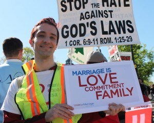 Marriage equality battled within the framework of religion © Elvert Barnes | Flickr