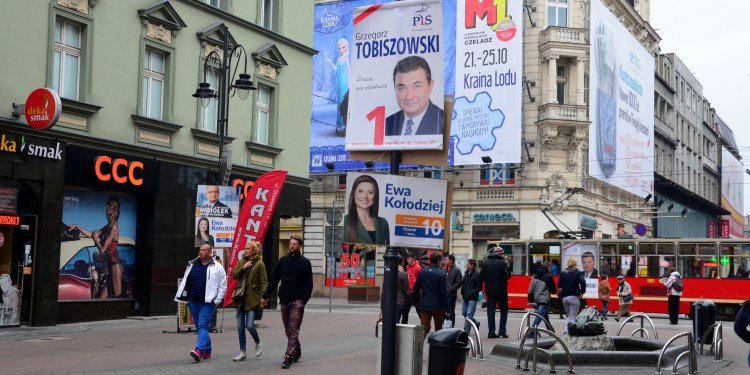 Parliamentary Election Campaign Posters in Katowice 2015 © Silar | Wikimedia Commons