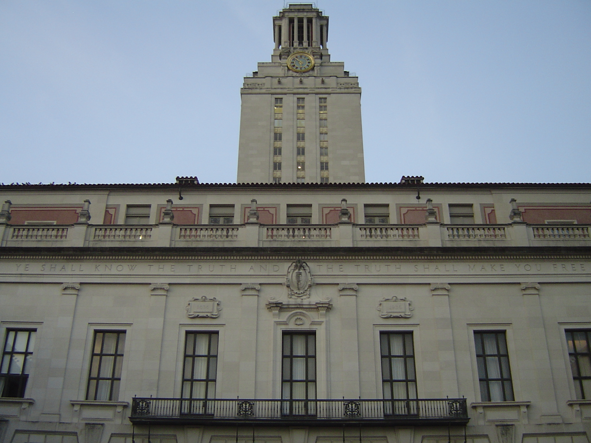 Superior The Anniversary Gift: Texas Opens Public Universities To Firearms
