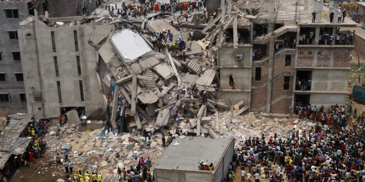 Rana Plaza Building Collapse, Bangladesh, 2013 © Rahul Talukder | Wikimedia Commons