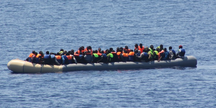 P52 Migrants , 19 July 2015 © Irish Defence Forces |Flickr