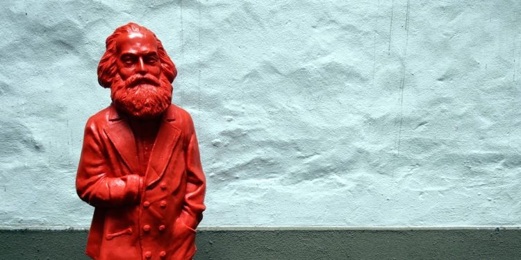 Little Red Karl Marx © Shubert Ciencia | Flickr