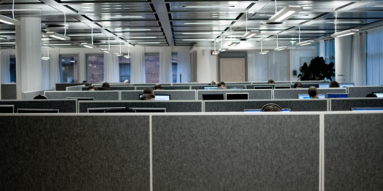 Cubicles © Michael Lokner | Flickr