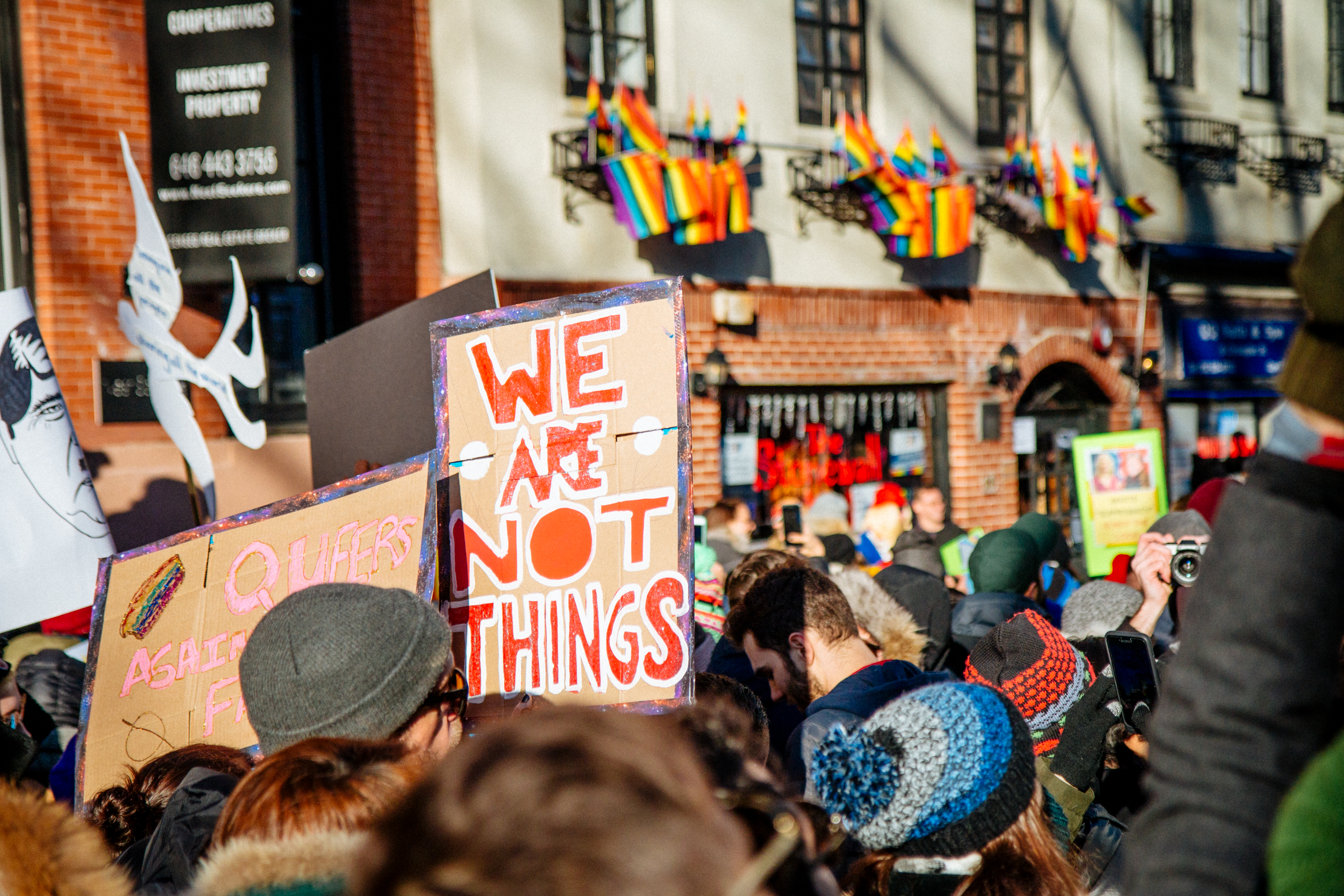 LGBT Solidarity Rally in front of the Stonewall Inn in solidarity with every immigrant, asylum seeker, refugee and every person impacted by Donald Trump's illegal, immoral, unconstitutional and un-American executive orders. © mathiaswasik | Flickr