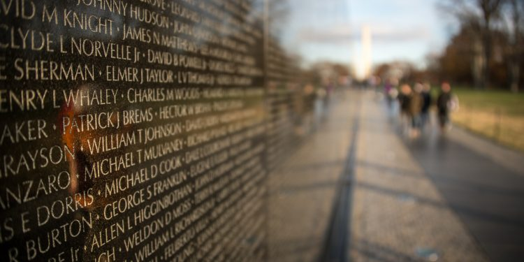 Vietnam Veterans Memorial © Howard Ignatius | Flickr