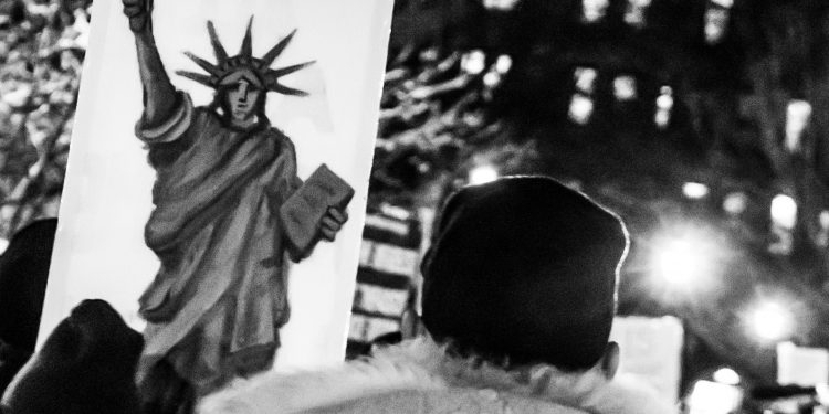 New York City Anti Trump Protest - Lady Liberty Illustration © Meshae Studios | Flickr