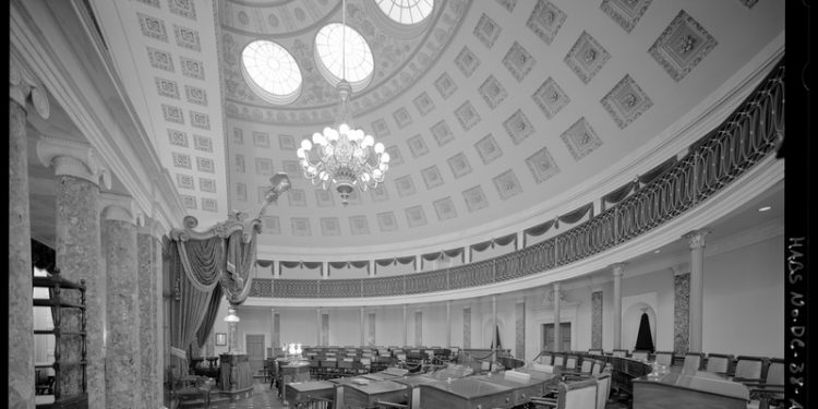 View of the Old Senate Chamber. (Courtesy of the National Parks Service, Washington, D.C., 2007.)